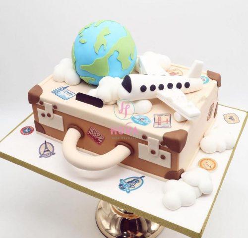 Tamora Gallery Hova Cake